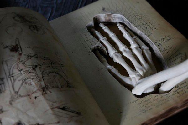 Книга-шкатулка, для квест игры «Клаустрофобия»