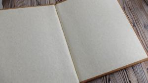 """Папка меню с керамическим шильдом """"Камчатка""""."""