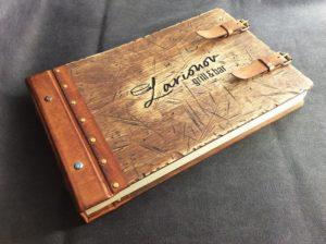 Книга отзывов с деревянной обложкой для ресторанов, баров, кафе.